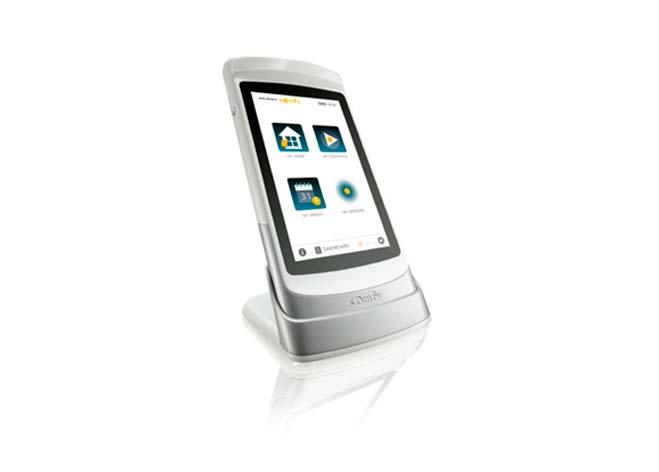 SOMFY presenta una tablet para el control de todos los automatismos del hogar