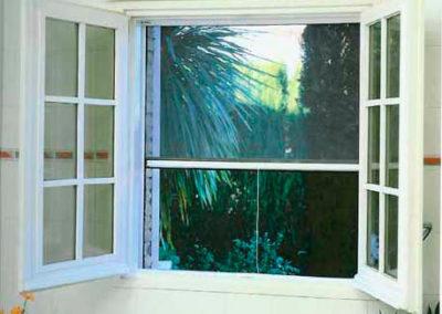 cortina mosquitera lamitek en pamplona
