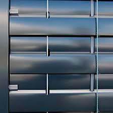 persiana-exterior-carpinteria-metalica-lamitek-en-pamplona