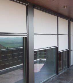 empresa de cortinas exteriores pamplona vivienda