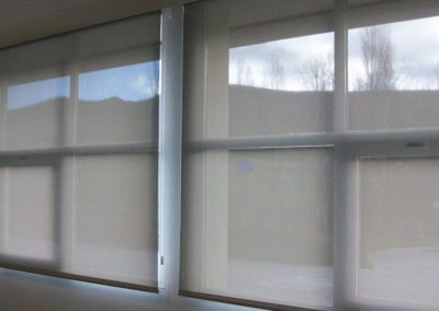empresa de instalacion de cortina enrollable en pamplona aula gongora