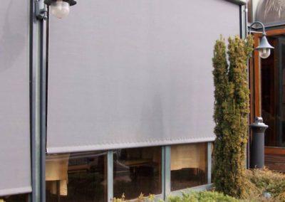 empresa de instalacion de cortinas para restaurante en pamplona