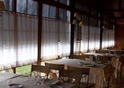 instalacion cortinas pamplona restaurante