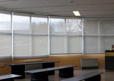 instalacion de cortina enrollable en pamplona aula gongora