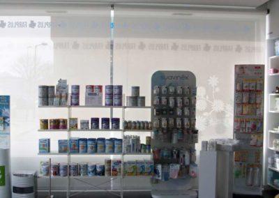 instalacion de cortinas enrollables pamplona farmacia lamitek