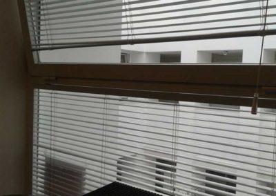 instalacion de cortinas venecianas de aluminio en pamplona lamitek