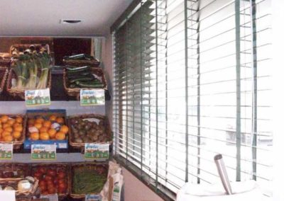 instalacion de cortinas venecianas en pamplona lamitek