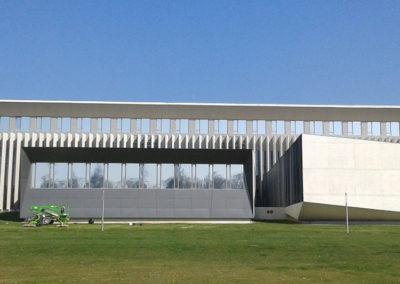 instalacion de lamina para control solar en pamplona universidad