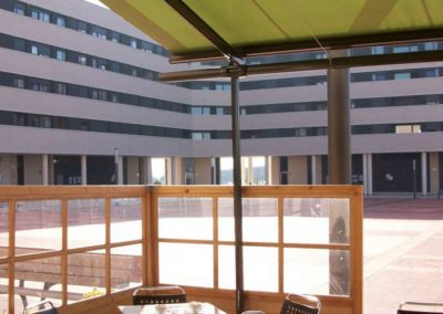 instalacion de toldos en pamplona terraza bar