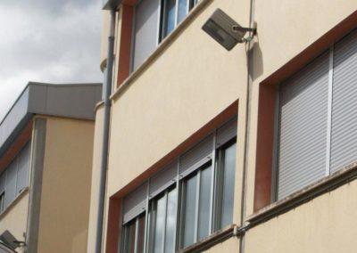 instalacion laminas de control solar en pamplona en colegio