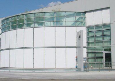 motorizacion fachadas dinamicas lamitek en pamplona