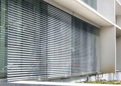 persianas exteriores para edificio pamplona
