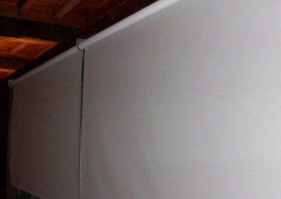 cortina enrollable con motor pamplona condestable